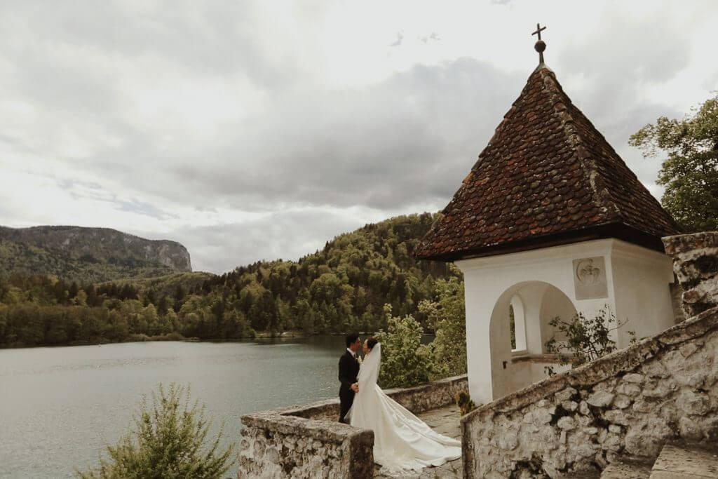 Poroka na Bledu - snemanje poroke